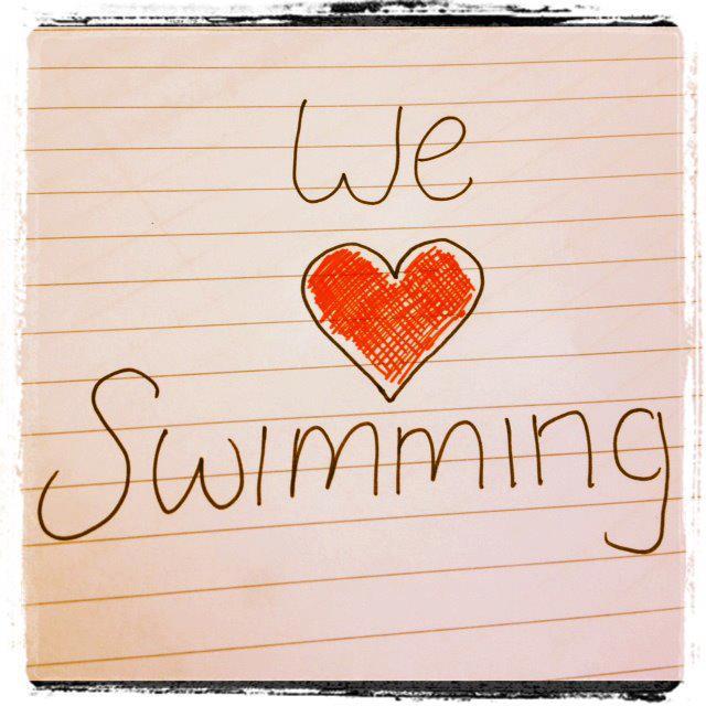 Jepp, jeg digger å svømme. Heldigvis!