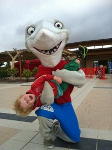 Magnus og Sharky ble gode venner i år.