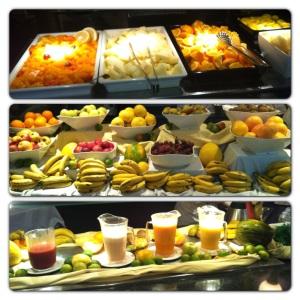 Her er et bilde av fruktbordet ved frokostbuffeten. Ingen sak å få i seg fem om dagen her!