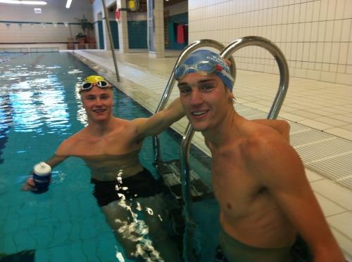 Lars og Christian etter svømmetrening