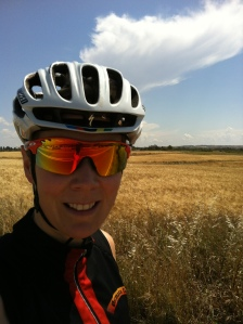 Kari sykler på Kypros