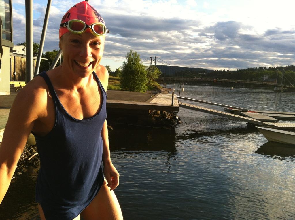Herlig med kveldssol på Kalvøya etter en fin svømmetur.