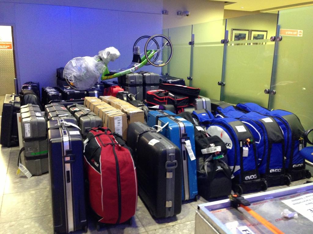 Det er noen sykkelkofferter å transportere når VM inntar London.
