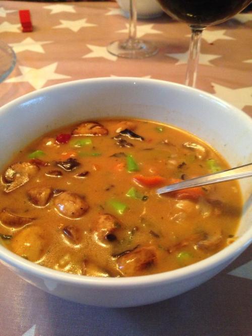 Sånn så suppen vår ut i går. Smakte veldig godt med et glass rødvin til også.