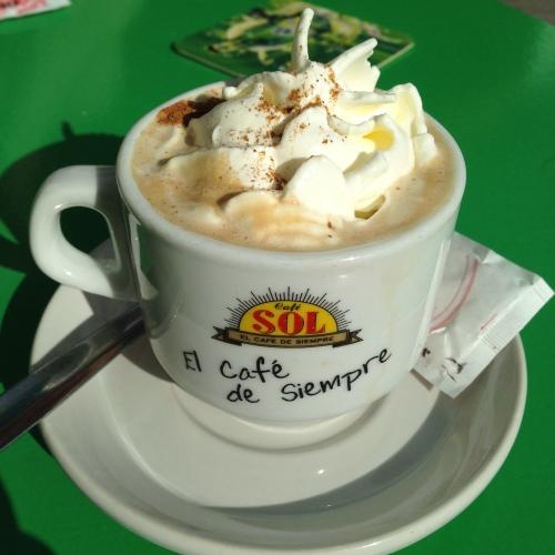 Dette må være den beste cappuccinoen jeg har smakt. Allerede på vei opp til Soria for å drikke en ny i dag!