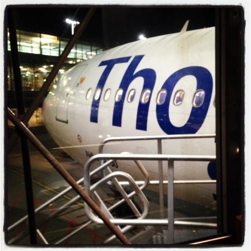 På vei inn på flyet som skal ta oss til Gran Canaria.