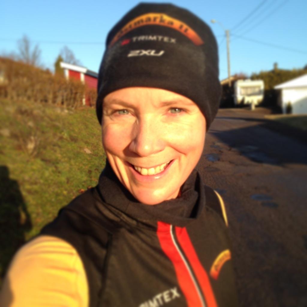 Når sola skinner og himmelen er blå, da er det digg å løpe. Og for en flott start på dagen det er!