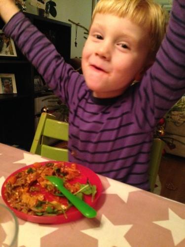 Magnus jublet over middagen, det var en god tilbakemelding.