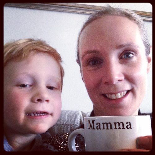 Med ny mammakopp og Magnus i armkroken ble også denne søndagen avsluttet på beste mulige vis.
