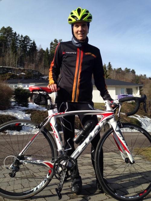 Årets aller første sykkeltur på norske veier ble gjennomført i helgen. Da var det strake veien fra Holmestrand til Drammen. I dag sto imidlertid testbakken min for tur. Og for en lettelse det ble!