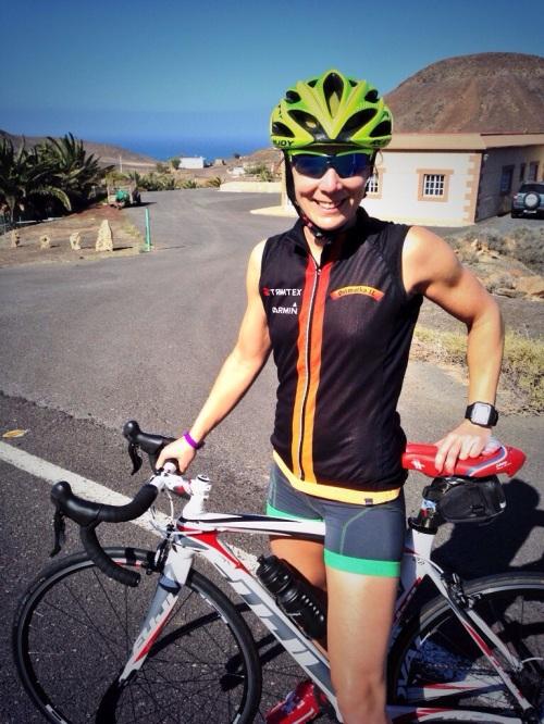 Etter to treningsleire i oppkjøring har jeg ENDELIG blitt mye tryggere på sykkel. Og en trykkere Kari er en raskere Kari. Sjelden har jeg gledet meg så mye til å sykle :-)