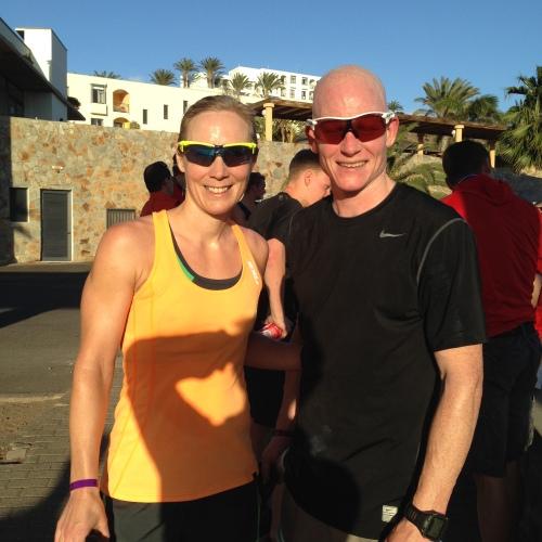 Slitne, men fornøyde etter 10 km løp. Kristian kom inn på 39,20 og jeg på 44,14.