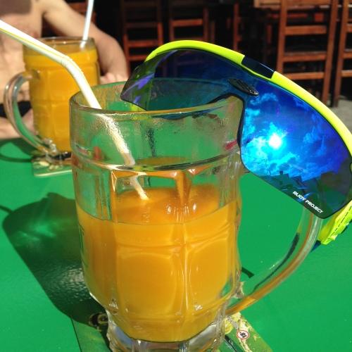 Jada, tredje juicen så langt. Mango er godt.