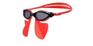 """Slik ser Freestyle Breather ut med svømmebriller fra Arena. """"Vingene"""" virker bare med utvalgte Arena-modeller."""