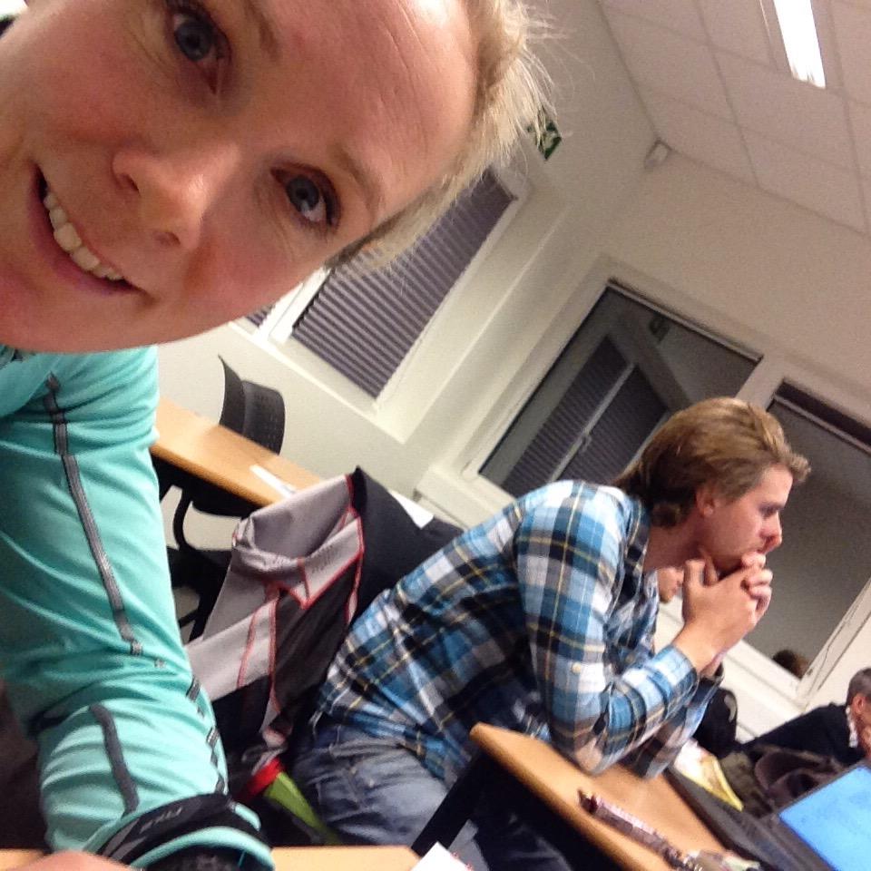 Det ble mange timer i klasserommet i helga. Arild Tveiten, Sverre Fredriksen, Kalle Jensen og Espen Laaveg var forelesere. Herlig gjeng!