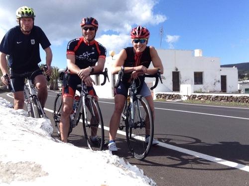 På Lanzarote med Wang Toppidrett ble det nesten 40 mil på fem dager sykling. Tungt i kraftig vind, men veldig bra for psyken og beina.