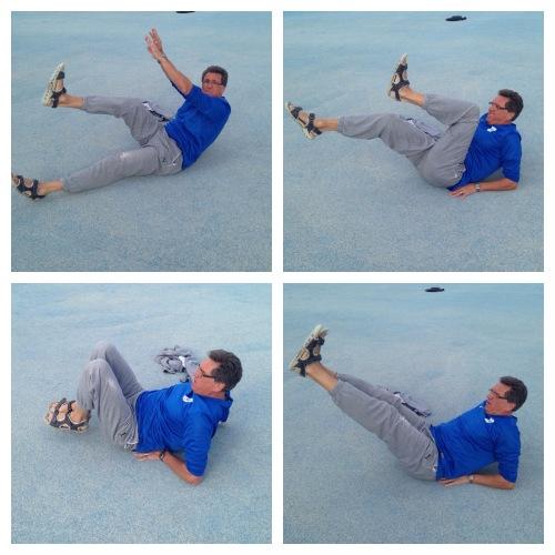 1: Løft ett bein og ta deg på tærne (eller leggen). Ett minutt på hver side. 2: Et bein litt over bakken mens du løfter det andre med kneet mot ansiktet. Annenhver gang i ett minutt. 3: Hold beina samlet og utstrakt litt over bakken. Bøy knærne mens du trekker beina inn mot kroppen før du strekker dem ut igjen. Ett minutt uten å være nær bakken. 4: Rette bein rett over bakken, løft med rette bein til du har beina rett opp. Halvannet minutt uten pause.