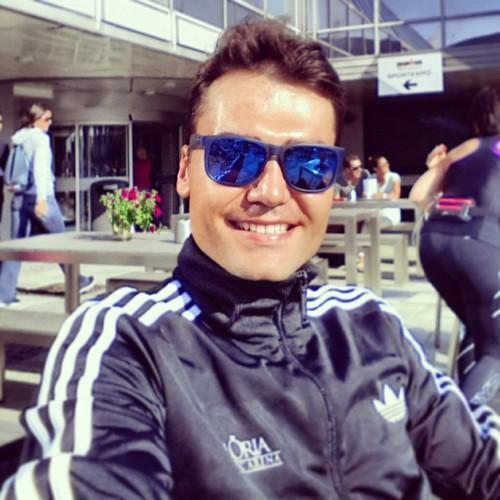 Nuri er en del av triatlonteamet rundt Gloria Sports Arena. Her er han i Haugesund under halvdistansen der for noen år tilbake.