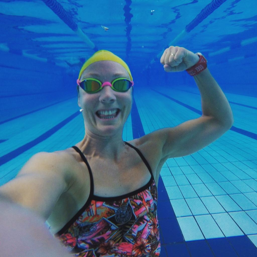 Om ikke annet får jeg mer overskudd til å leke med kameraet etter endt svømmetrening!