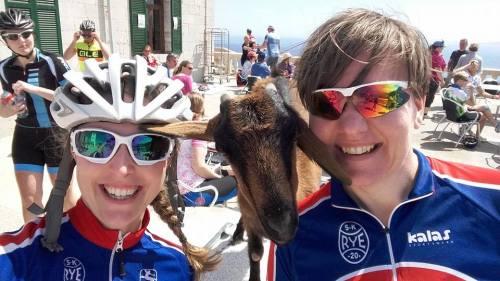 Her fra Cap de Formentor, hvor Petra og Adelheid traff på en særdeles tam geit.