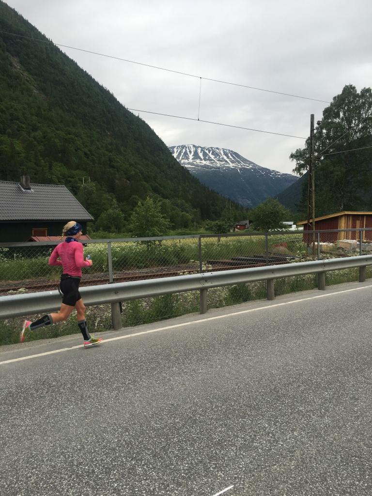 Jeg løper mer enn noen gang og har allerede løpt Norseman løypa to ganger. Med Distance på føttene. De blir også med 6. august.